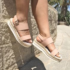 Shoes Heels Boots, Heeled Boots, Shoes Sandals, Womens Summer Shoes, Beautiful Shoes, Leather Shoes, Me Too Shoes, Espadrilles, Slippers