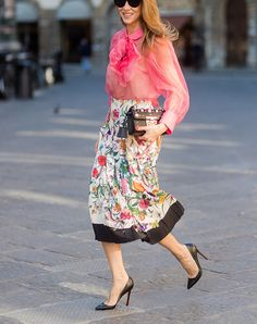 The 5 Best Tops to Wear with Midi Skirts