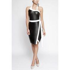 O Vestido de Couro Bicolor Maison Revolta é um misto de elegância e feminilidade.  Seus recortes fazem com que tenha um caimento perfeito ao corpo. Além do charme da saia do vestido que trás o detalhe de uma saia envelope.  Decote assimétrico em couro branco, assim como a faixa da cintura e o recorte na saia. Ideias Fashion, Formal Dresses, Leather Midi Skirt, Long Shirts, Straight Skirt, White Leather, White Skirt Outfits, Checkered Skirt, Silk Dress