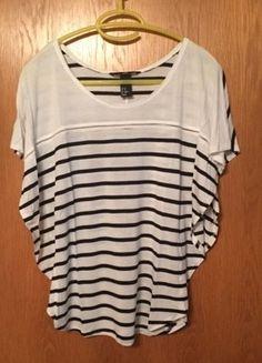 #H&M #gestreift #GrößeS #weit #locker #Frauen #Bluse #Mode #Kleiderkreisel http://www.kleiderkreisel.de/damenmode/blusen/139319490-gestreifte-bluse-von-hm
