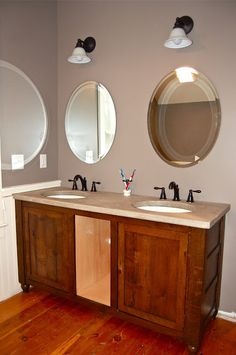 Concrete countertop:  bathroom vanity