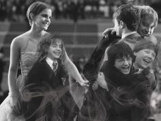 What a great picture! - Emma Watson, Daniel Radcliffe, Rupert Grint - Hermione Granger, Harry Potter, Ron Weasley.