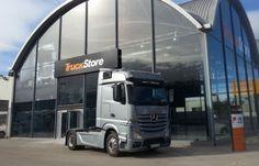 Mercedes Benz reabre su centro TruckStore en Valencia / Cadena de Suministro