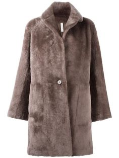Shop Helmut Lang reversible shearling coat in Stefania Mode from the world's best independent boutiques at farfetch.com. Shop 400 boutiques at one address.