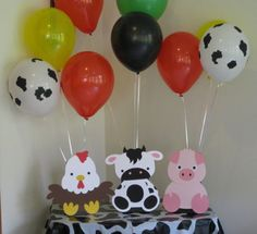 Barn Animals Birthday Party Table Decorations by Hope2Create
