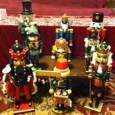 Christmas Nutcracker Soldier Kings Lot of 10 Holiday Wood Figures