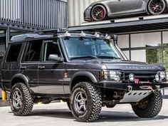 Tweedehands Land-Rover Discovery - 2.495 cm³ - Diesel - ref:957441 - Vroom.be