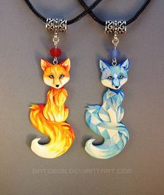 The Beading Gem's Journal: Painted Wearable Polymer Clay and Resin Sculptures by Gatobob Cute Polymer Clay, Polymer Clay Animals, Cute Clay, Fimo Clay, Polymer Clay Projects, Polymer Clay Charms, Polymer Clay Creations, Polymer Clay Jewelry, Clay Crafts