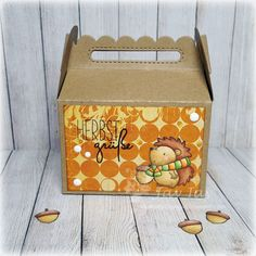 MFT Happy Hedgehogs, Karten-Kunst Capri Herbstgrüße, Lawn Fawn Scalloped Treat Box Die