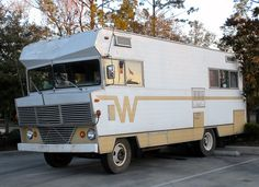 1966 the first turnkey Winnebago came off the assembly line but, here is a '68 with some other cool information.
