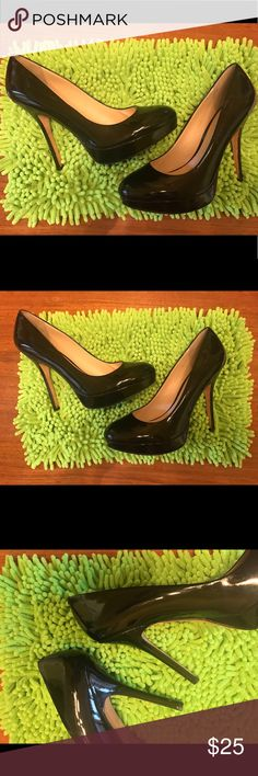 42f763174489c Classic Designer Black Patent Leather Heels 10 Classic Designer Black  Patent Leather Heels Shoes Sz.