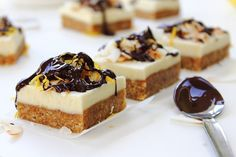 White Chocolate Squares:: Vibrant Life Cleanse Approved | Healthful Pursuit by Michelle Hunt @PeachyPalate