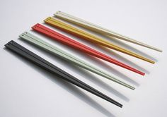 Made me smile, its slightly crazy how much design goes into chopsticks, but its such a great idea! ...makes me miss Japan