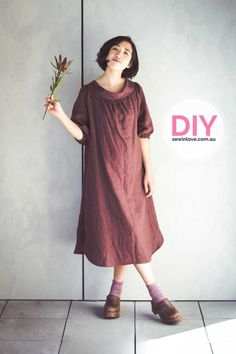 Smock dress made using Merchant and Mills linen fabric. The sewing pattern is a Japanese one from Feminine Wardrobe. To get 15% off my ebooks use this code: PINTEREST15