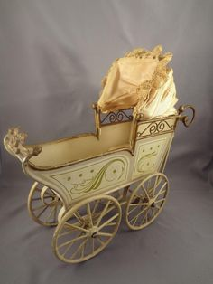 Great Marklin Doll Carriage in Large Scale