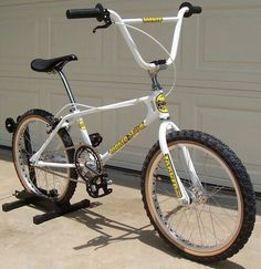 1000 images about old school bmx on pinterest bmx bmx. Black Bedroom Furniture Sets. Home Design Ideas