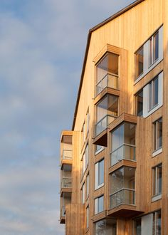 Completed in November 2014, Puukuokka One is the first eight-story high wooden apartment building in Finland. It explores the potential of modular prefabricated CLT construction to meet the goal of providing high quality, environmentally responsible a...