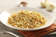 Looking for an authentic Italian recipe? Try Barilla's step-by-step recipe for Barilla® Protein+™ Farfalle with Roasted Fennel, Parsnips & Orange Zest for a delicious meal! Barilla Recipes, Pasta Brands, Great Recipes, Favorite Recipes, Roasted Fennel, Stuffed Pasta Shells, Healthy Family Meals, Pasta Dishes, Italian Recipes