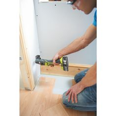 Cut awkward pockets to see issues behind walls or wood with your Multi-Tool. The MUST-HAVE tools for any keen DIY'er. Complete up to 6 different jobs with the 1 tool. The 18V Cordless Multi Tool from Ryobi's ONE+ System| Power Tools | Ryobi Tools