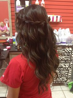 by ugg-off, via Flickr. Lexi's waterfall braid for homecoming.