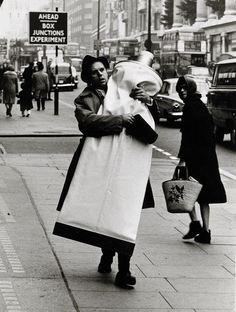 Photo by Hans Hammarskiöld (b. 1925) - Claes Oldenburg, London, 1966. S)