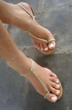 perfect feet, toes & amazing heels!!!