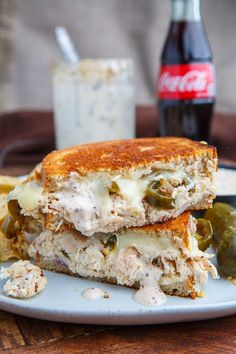 This BBQ Chicken Grilled Cheese Sandwich Closet Cooking is a better for your dinner made with awesome ingredients! Grill Cheese Sandwich Recipes, Bbq Sandwich, Grilled Chicken Sandwiches, Chicken Sandwich Recipes, Grilled Cheese Recipes, Grilled Chicken Recipes, Grilled Cheeses, Steak Sandwiches, Grilled Sandwich