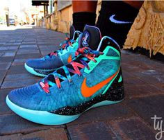 """Nike Hyperdunk Blake Griffin """"Galaxy"""" PE ASG Sneaker (New Images)"""
