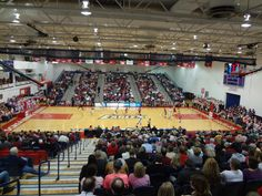 Physical Activities Center (University of Southern Indiana, Evansville, Ind.)