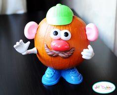 Mr & Mrs Pumpkin heads - what a GREAT Halloween activity!