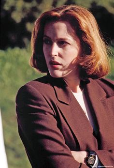 The X-Files follows the careers and personal lives of FBI Special Agents Fox Mulder (David Duchovny) and Dana Scully (Gillian Anderson). Description from x-files-mulder-and-scully-quotes.clinic007.com. I searched for this on bing.com/images