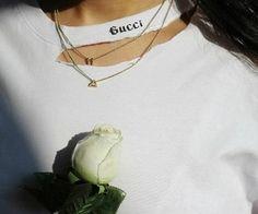 Imagem de gucci, rose, and white Fashion Beauty, Womens Fashion, Swagg, Dress To Impress, Nice Dresses, Stylists, Vogue, Street Style, Style Inspiration