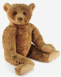 This classic Steiff Teddy Bear is the same vintage as my beloved bear, handed down to me by my father. (The bear here is shown via Christies. Steiff Teddy Bear, Teddy Bear Toys, Boyds Bears, Cute Teddy Bears, Antique Toys, Vintage Toys, Antique Teddy Bears, Love Bears All Things, Pooh Bear