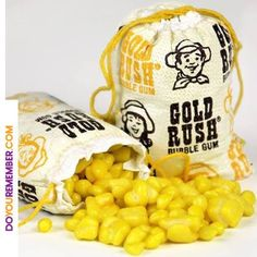 Gold Rush Bubble Gum by Topps I used to get this at the 'sweet shop outside rhe school gates. 1970s Childhood, My Childhood Memories, Sweet Memories, Retro Candy, Vintage Candy, Vintage Sweets, Retro Sweets, Vintage Food, Vintage Stuff