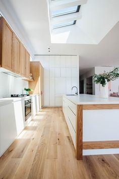 Luxury Kitchen Kyal and Kara's Central Coast Australia home renovation - getinmyhome Kitchen Living, Diy Kitchen, Kitchen Interior, Kitchen Decor, Kitchen Cabinets, Order Kitchen, Timber Kitchen, Kitchen Black, Kitchen Shelves
