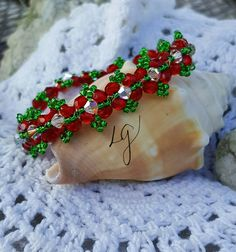 Christmas Wreath Bracelet.  By GemsCrystalsAndWire
