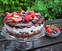 Kokosbolle-brownie – Oh Yes! Pudding Desserts, No Bake Desserts, Cake Recipes, Dessert Recipes, Norwegian Food, Let Them Eat Cake, No Bake Cake, Food Inspiration, Sweet Treats