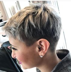 Funky Short Hair, Super Short Hair, Short Grey Hair, Short Hair With Layers, Short Hair Cuts For Women, Short Hair Styles, Side Cut Hairstyles, Cute Hairstyles For Short Hair, Pixie Hairstyles