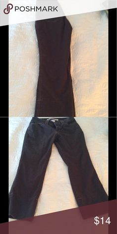 Brown Low rise cropped pants. Cotton and Lycra Cropped brown pants 24 inseam GAP Pants Ankle & Cropped