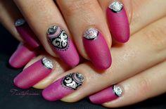 nail art ongle bijou