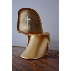 || Pope Joan Chair || #panton #chair #gold #industrialdesign #decor #design #furniture #furnituredesign #instadesign #interiordesign #insideologyid