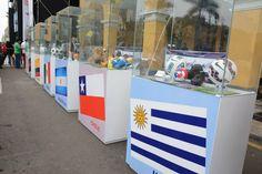 La Plaza Mayor de Lima o Plaza de Armas fue el escenario de la más grande exhibición de la colección / #sports #soccer #fútbol #colección #soccerfan #CopaAmérica #Chile2015