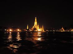 Wat Arun - 照明探偵団