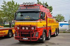 VOLVO - ASSISTANCEKAREN Tow Truck, Big Trucks, Volvo Trucks, Recovery, Diesel, Trucks, Motorbikes, Diesel Fuel, Survival Tips