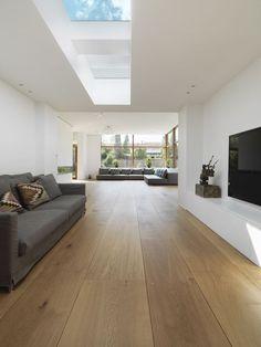 21 Popular Living Room Flooring Add to The Beauty of Your Home Farmhouse Flooring, Wood Flooring, Hardwood Floors, Interior Architecture, Interior Design, Roof Window, Floor Colors, Living Room Flooring, Modern Kitchen Design