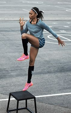 Gold medalist Allyson Felix, training fierce.  I am a big believer in posting pictures of women I admire, rather than posting pictures of, and body-shaming, women whose bodies I don't admire.  Positivity is good for the spirit.