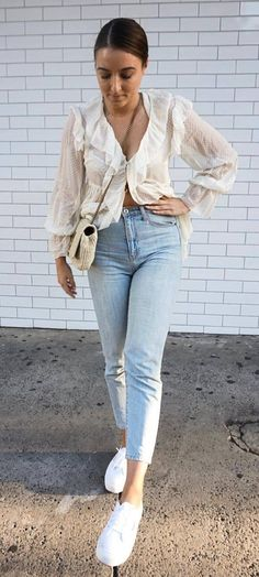 how to style a blouse : bag   sneakers   jeans