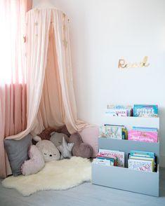 How to Use Interior Design to Encourage Your Child's Boy And Girl Shared Bedroom, Girls Bedroom, Accent Wall Bedroom, Bedroom Decor, Accent Walls, Reading Corner Kids, Reading Nook, Diy Room Decor For Teens, Kids Bedroom Designs