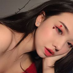 cute girl ulzzang 얼짱 pretty kawaii adorable beautiful hot fit korean japanese asian soft aesthetic 女 女の子 g e o r g i a n a : 人 Uzzlang Makeup, Cute Makeup, Girls Makeup, Makeup Looks, Makeup Ideas, Ulzzang Girl Selca, Ulzzang Korean Girl, Cute Korean Girl, Korean Makeup Tips