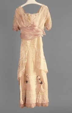 Afternoon dress | Girolamo Giuseffi | American | early 1910s | silk | Indianapolis Museum of Art | Accession #: 1986.401